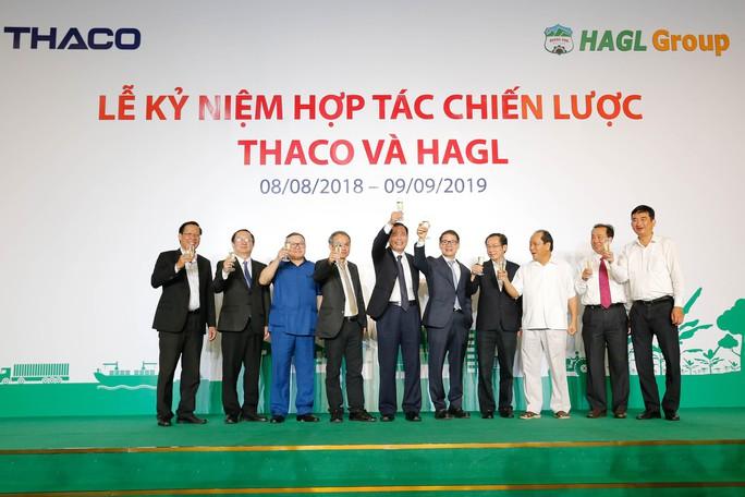THACO rót cho bầu Đức hơn 22.000 tỉ đồng trong năm qua - Ảnh 2.