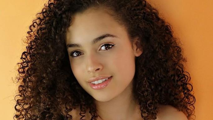 Nữ diễn viên 16 tuổi chết dù không cố ý tự tử - Ảnh 1.