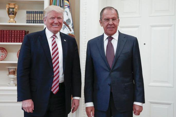 Sợ ông Trump nói hớ, Mỹ rút điệp viên tối mật khỏi Nga  - Ảnh 1.