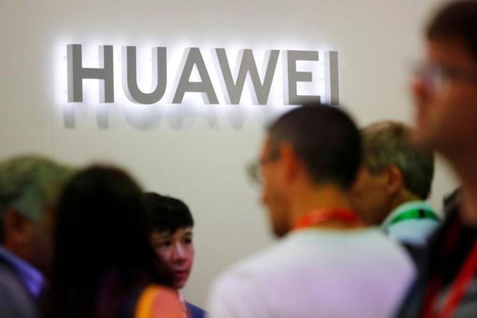 Huawei rút đơn kiện Mỹ tịch thu linh kiện nhưng vẫn bất mãn - Ảnh 1.