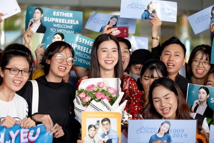Jun Vũ đọ sắc cùng sao Thái Lan Esther Supreeleela - Ảnh 2.