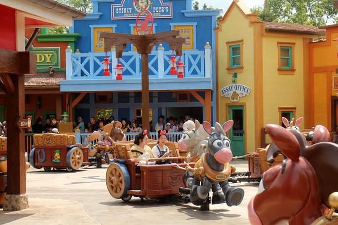 Thua kiện, Disneyland Thượng Hải vẫn cấm tiệt sầu riêng - Ảnh 1.