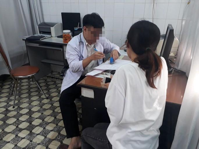 Lộ quy trình cấp giấy khám sức khỏe siêu tốc - Ảnh 2.