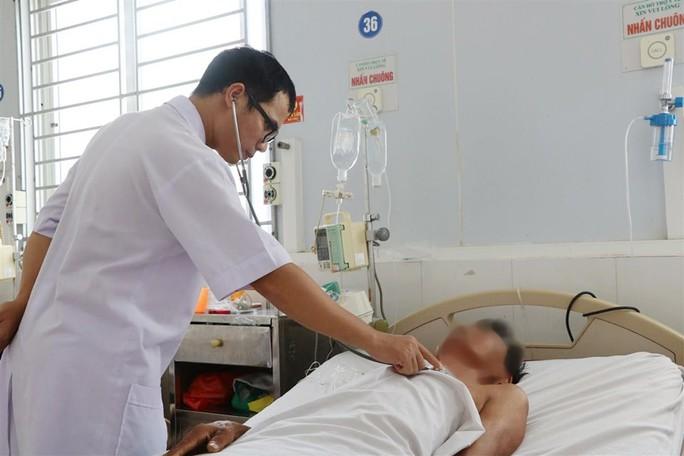 Phát hiện 1 người đàn ông bị nhiễm Vi khuẩn ăn thịt người - Ảnh 1.
