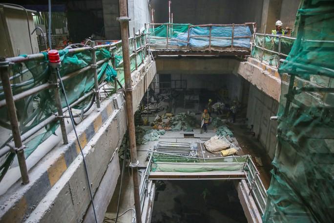 Diện mạo đường hầm Metro số 1 tại trung tâm TP HCM - Ảnh 7.