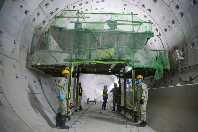 Diện mạo đường hầm Metro số 1 tại trung tâm TP HCM - Ảnh 6.