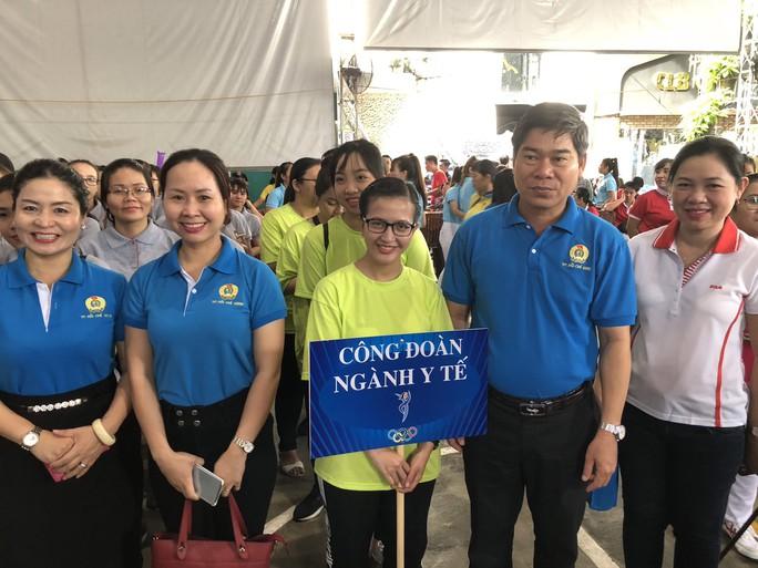 2.000 vận động viên tham gia Hội thao Phụ nữ khỏe đẹp, năng động - Ảnh 2.