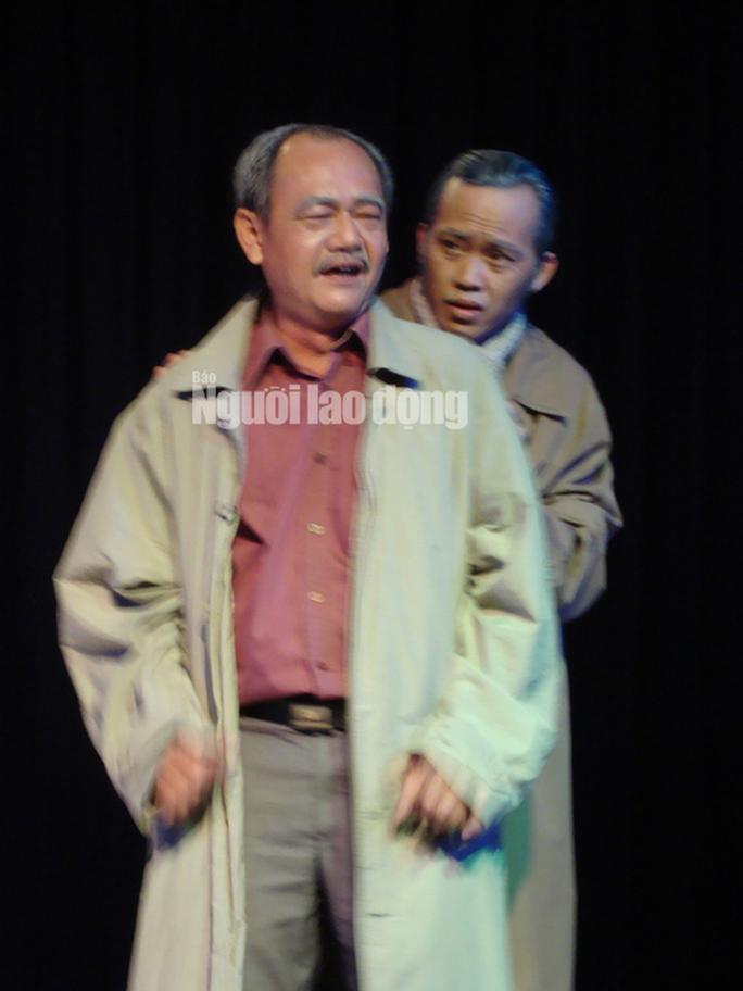 NSND Việt Anh: Từ một diễn viên quần chúng, tôi đã phấn đấu không ngừng - Ảnh 3.