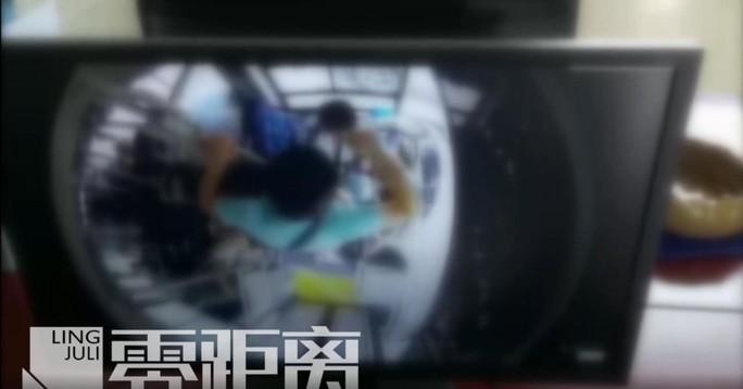 Tài xế xe buýt bị đánh bất tỉnh vì cho phụ nữ mang thai xuống cửa trước - Ảnh 3.