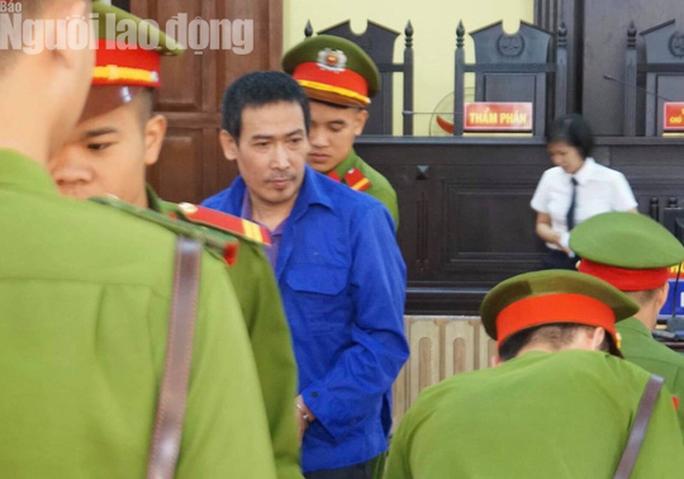 Hoãn phiên tòa xử 8 bị cáo vụ gian lận điểm thi Sơn La - Ảnh 9.