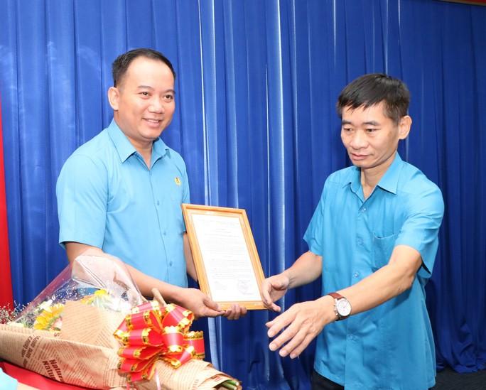 LĐLĐ tỉnh Bình Dương có Phó Chủ tịch mới - Ảnh 1.