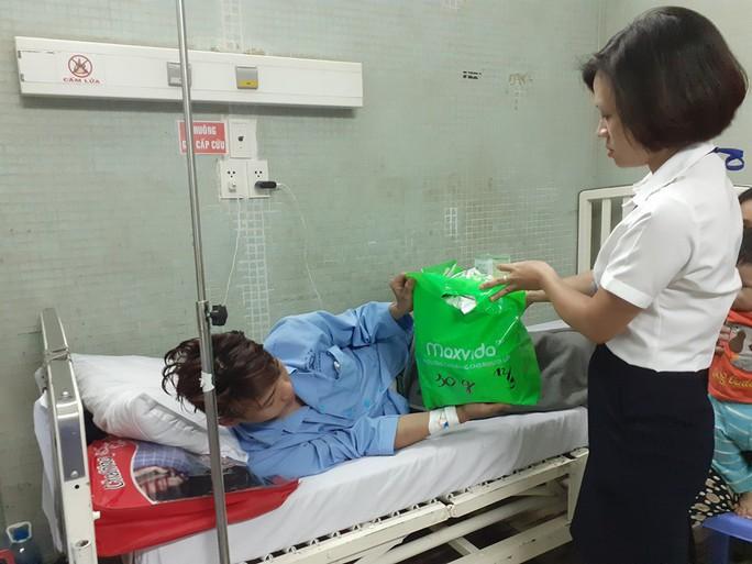Vừa vào TP HCM tìm việc sau bão lũ, chàng trai miền Trung mất cả lách tụy - Ảnh 2.