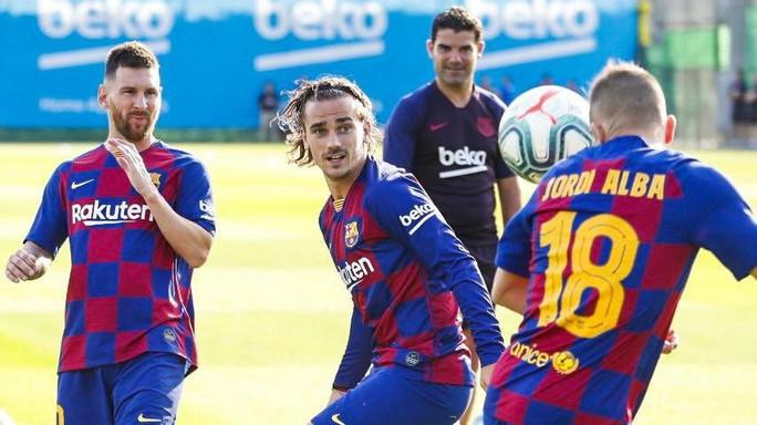 Messi lần đầu tái xuất, Barcelona quyết đại chiến Dortmund - Ảnh 2.