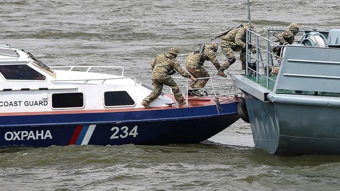 Nga triệu tập đại sứ Triều Tiên sau vụ tấn công trên biển - Ảnh 1.