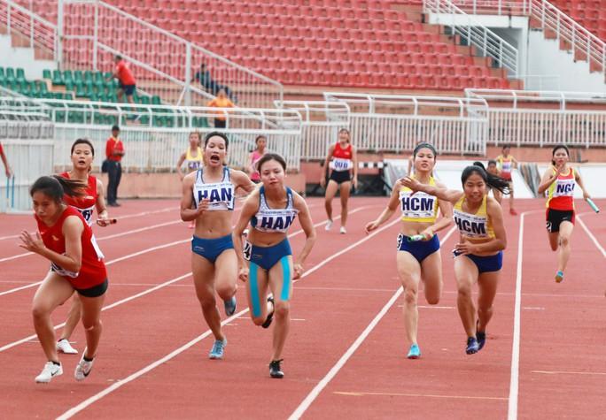 Nguyễn Thành Ngưng và 10 năm đi bộ đến ngôi vô địch quốc gia - Ảnh 4.