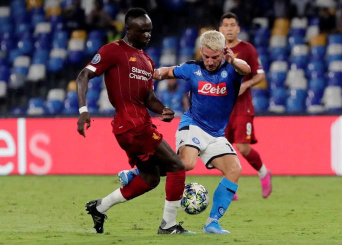 ĐKVĐ Liverpool thua Napoli, HLV Klopp trách tội VAR - Ảnh 6.