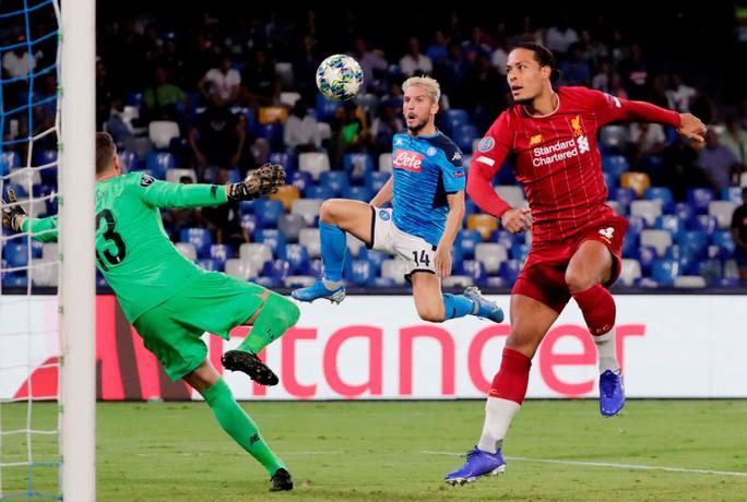 ĐKVĐ Liverpool thua Napoli, HLV Klopp trách tội VAR - Ảnh 4.