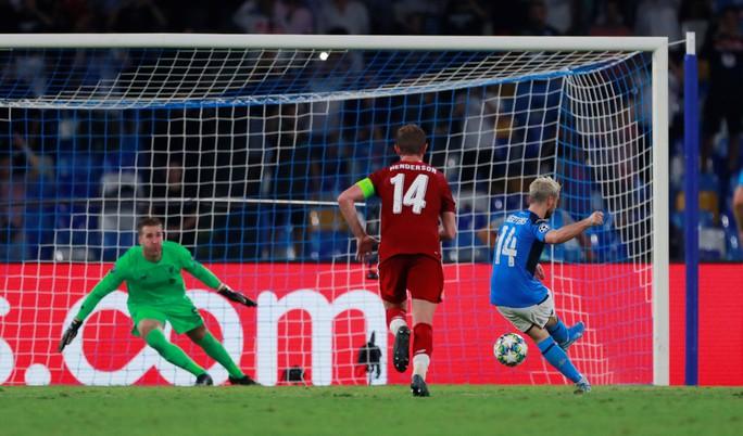 ĐKVĐ Liverpool thua Napoli, HLV Klopp trách tội VAR - Ảnh 3.