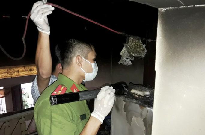 Hỏa hoạn bao trùm căn nhà 2 tầng, người phụ nữ ở một mình tử vong - Ảnh 2.