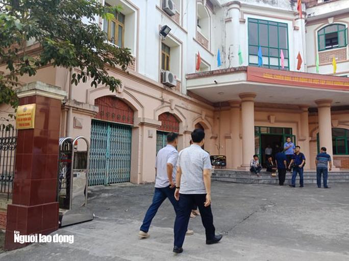 Hoãn phiên tòa xử vụ gian lận điểm thi ở Hà Giang - Ảnh 26.