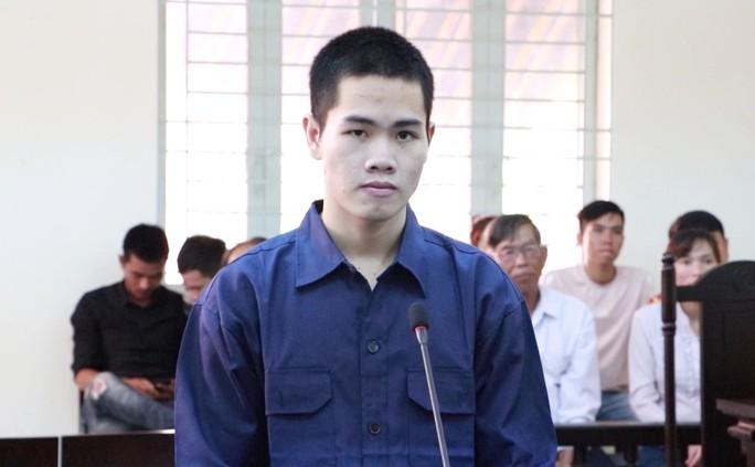 Vượt đường xa dụ bé gái ăn trái cấm, nam thanh niên lãnh 18 tháng tù - Ảnh 1.