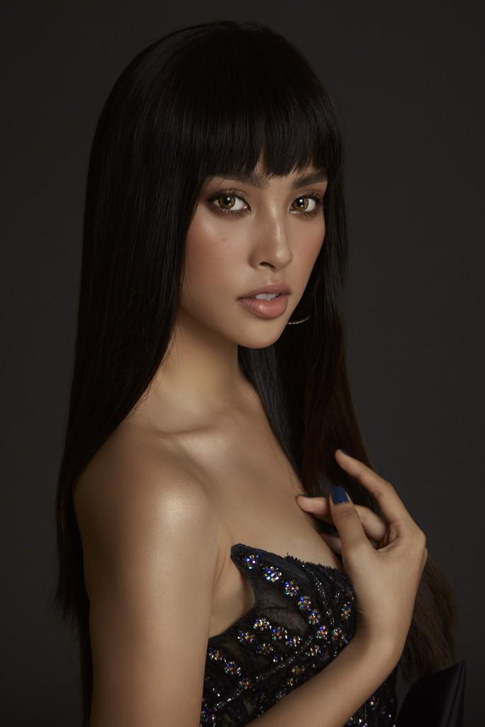 Nhận không ra Hoa hậu Trần Tiểu Vy ngây thơ ngày nào - Ảnh 13.