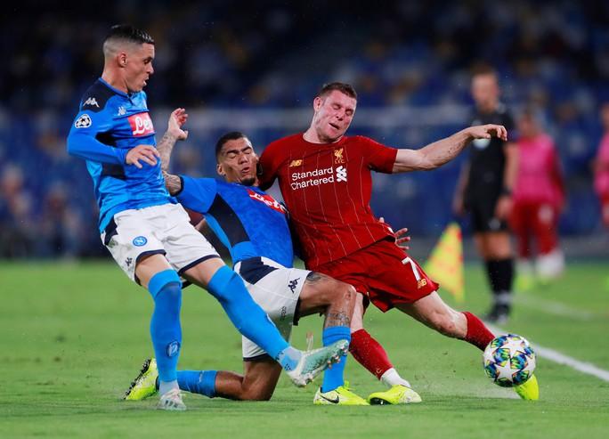 Hàng thủ tạo phản, Liverpool đại bại tại Napoli - Ảnh 1.
