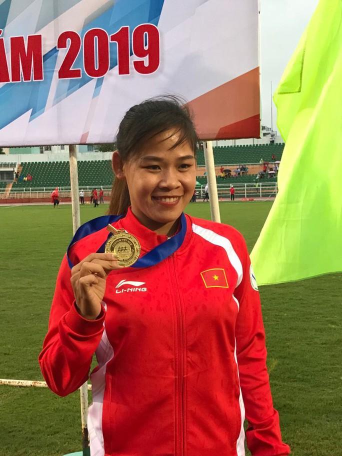 Hai chị em Thanh Phúc - Thành Ngưng lập cú đúp kỷ lục quốc gia - Ảnh 2.