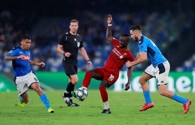 Hàng thủ tạo phản, Liverpool đại bại tại Napoli - Ảnh 3.