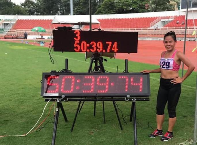 Hai chị em Thanh Phúc - Thành Ngưng lập cú đúp kỷ lục quốc gia - Ảnh 1.