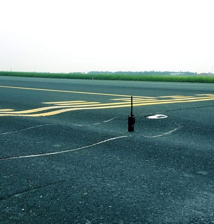 Sẽ đề xuất giới hạn an toàn khai thác đường băng Tân Sơn Nhất - Ảnh 1.
