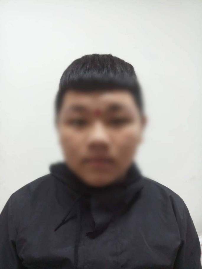 Bắt nhóm cướp nhí gây ra hàng loạt vụ cướp ở vùng ven TP HCM - Ảnh 4.