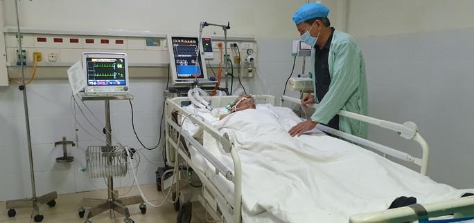 Chưa có chỉ định về mặt phẫu thuật đối với đại tá phi công Nguyễn Văn Bảy - Ảnh 2.