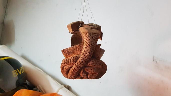 Thổi hồn vào vỏ dừa khô, bán 1,2 triệu đồng/cái - Ảnh 11.