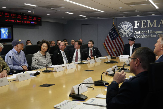 Mỹ buộc sơ tán hơn 1 triệu người để tránh siêu bão  - Ảnh 6.