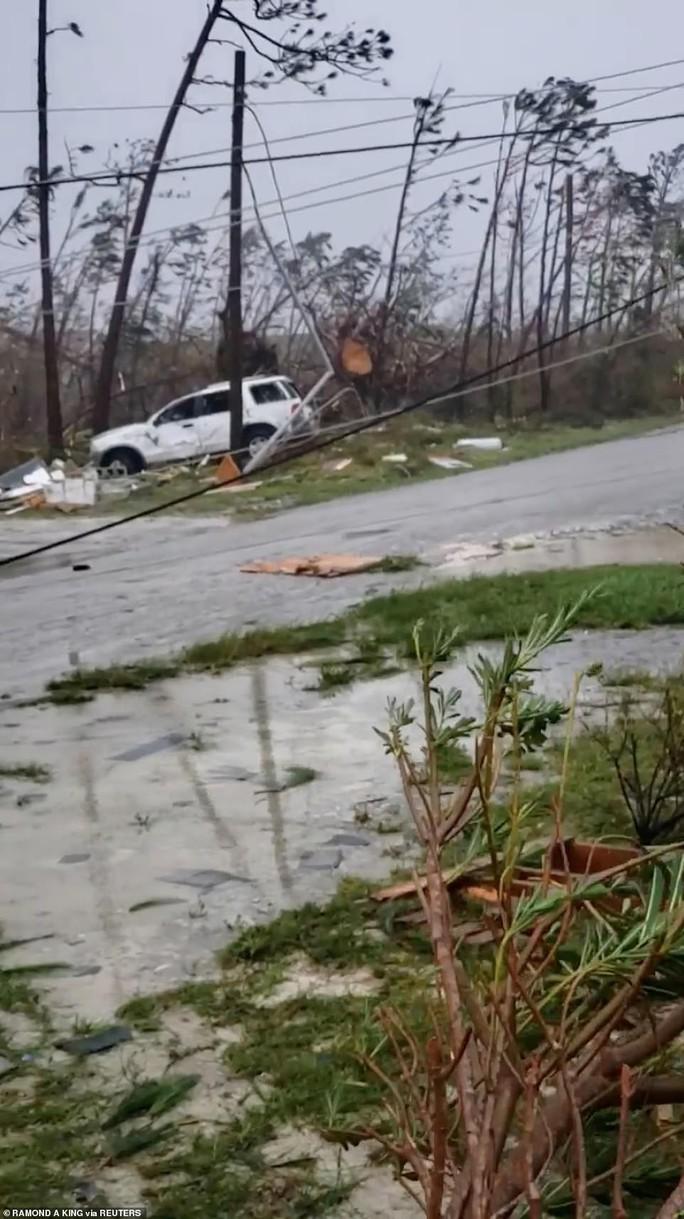 Mỹ buộc sơ tán hơn 1 triệu người để tránh siêu bão  - Ảnh 3.