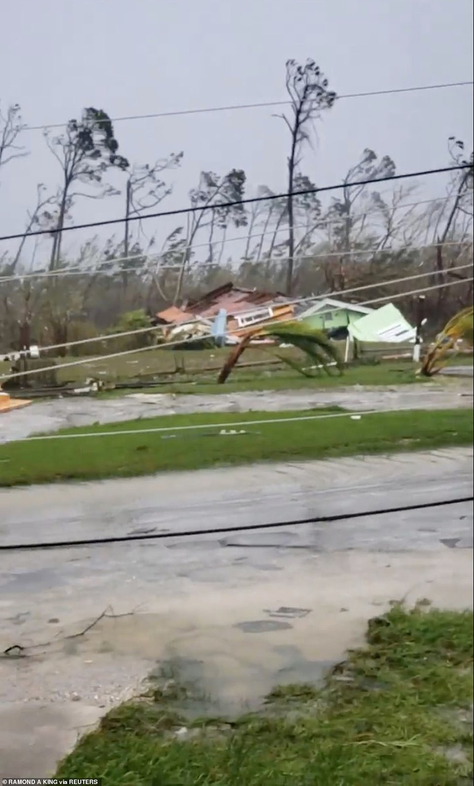Mỹ buộc sơ tán hơn 1 triệu người để tránh siêu bão  - Ảnh 4.