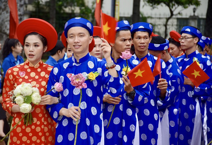 Ấm áp lễ cưới tập thể của 100 đôi công nhân trong Ngày Quốc Khánh - Ảnh 7.