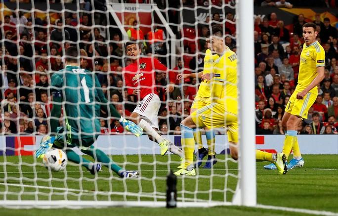 Sao 17 tuổi lập công, Man United vỡ òa chiến thắng - Ảnh 5.