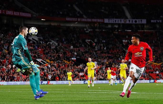 Sao 17 tuổi lập công, Man United vỡ òa chiến thắng - Ảnh 6.