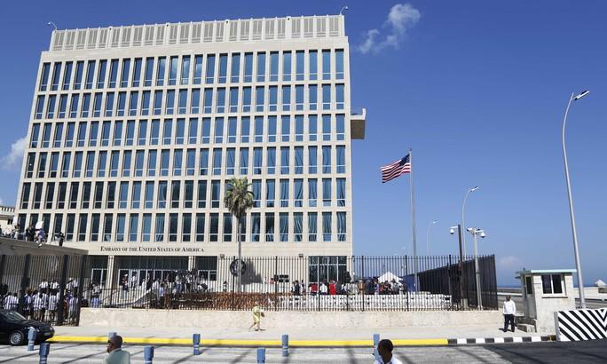 Thuốc diệt muỗi gây bệnh lạ cho nhà ngoại giao Mỹ và Canada tại Cuba? - Ảnh 1.