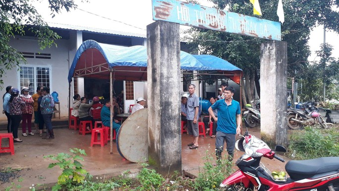 3 học sinh cùng chết đuối, tang thương bao trùm xã biên giới giáp Campuchia - Ảnh 2.