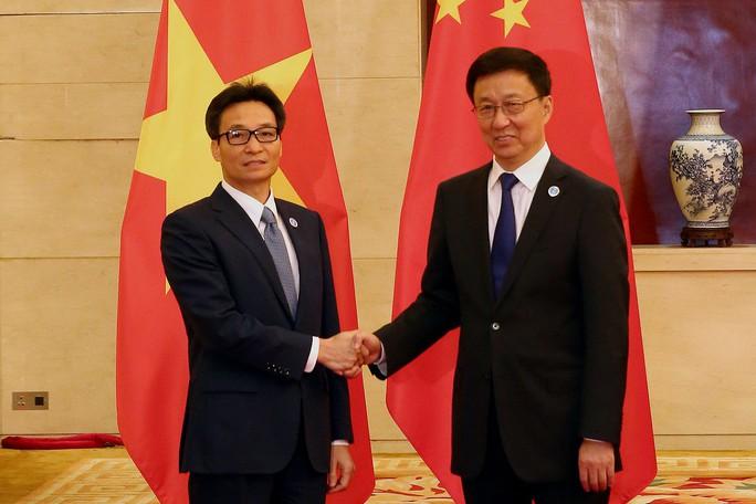 Phó Thủ tướng Vũ Đức Đam đề nghị Trung Quốc không để tiếp diễn tình hình phức tạp trên biển - Ảnh 2.
