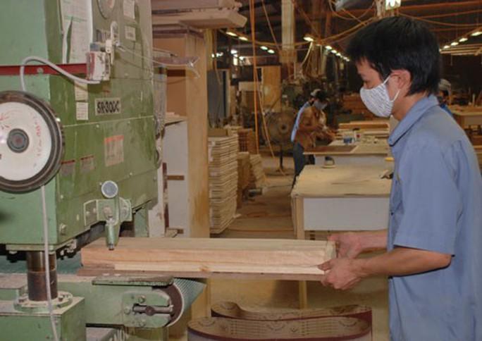 Đơn hàng tăng, doanh nghiệp gỗ vẫn lo - Ảnh 1.
