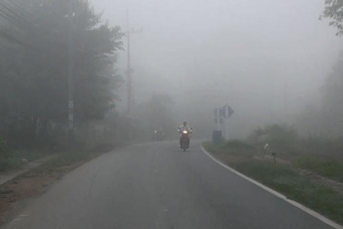 Khói mù bao phủ Đông Nam Á - Ảnh 1.