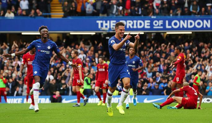 Hạ Chelsea bằng siêu phẩm, Liverpool thách thức cả giải Ngoại hạng - Ảnh 5.