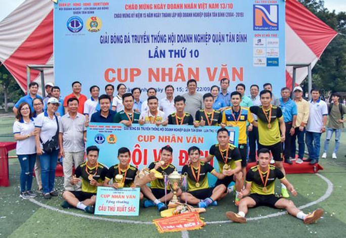 Thi đấu thể thao chào mừng Ngày Doanh nhân Việt Nam - Ảnh 1.