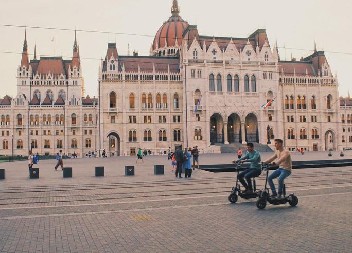 Budapest - nơi những chiếc cầu kể chuyện - Ảnh 6.