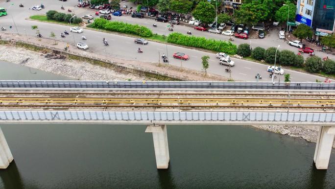 Cận cảnh đường sắt Cát Linh-Hà Đông tiến độ kiểu rùa bò hơn thập kỷ - Ảnh 10.
