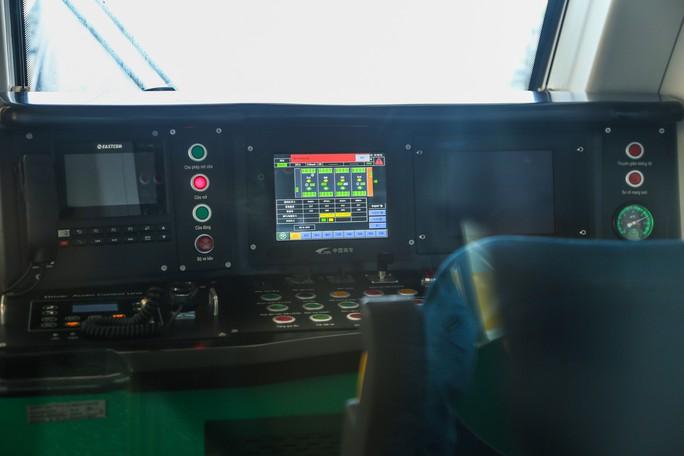 Cận cảnh đường sắt Cát Linh-Hà Đông tiến độ kiểu rùa bò hơn thập kỷ - Ảnh 21.